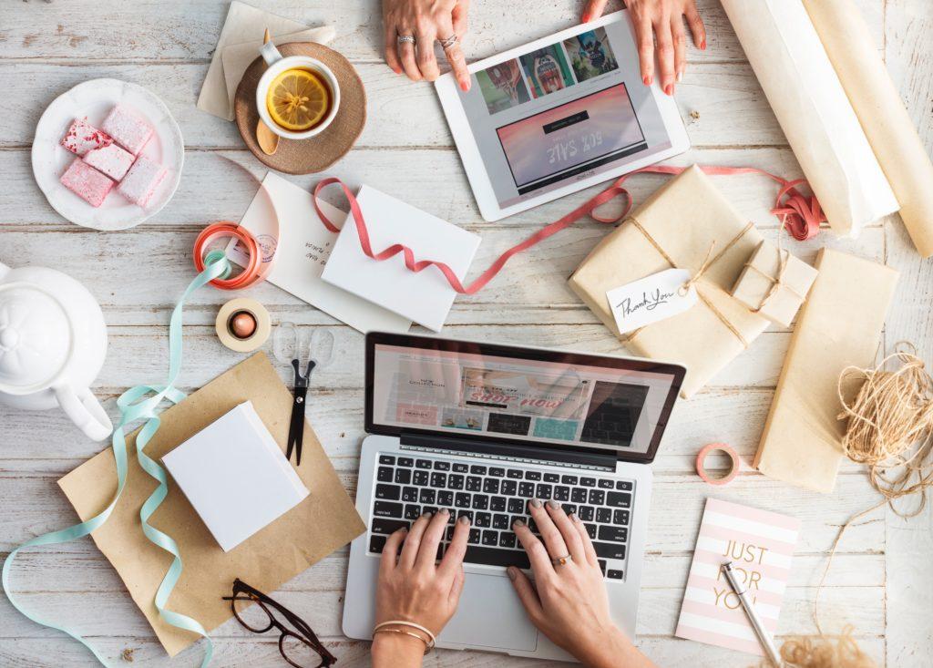 quanto costa un social media manager materiale